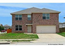8601 Hawkview Dr, Fort Worth, TX 76179