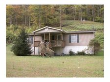 352 Indian Creek Rd, Virgie, KY 41572