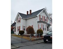 97 Hastings St, Lowell, MA 01851