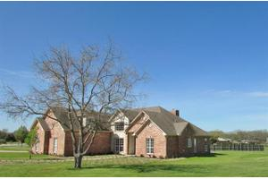 117 Lake Meadow Blvd, Canton, TX 75103