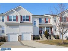 1093 Buckingham Dr, Thorofare, NJ 08086
