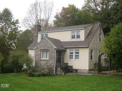 4 Ansonia Rd, New Fairfield, CT