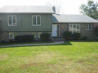 3827 Doe Valley Pkwy E, Brandenburg, KY 40108