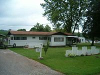 328 Third St, Bergholz, OH 43908