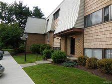20 Pierces Rd Apt 70, Newburgh, NY 12550