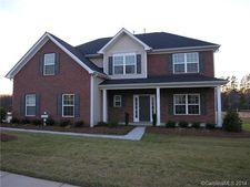 531 Oak Leaf Way, Kannapolis, NC 28081