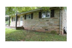 4903 Washington St W, CROSS LANES, WV 25313