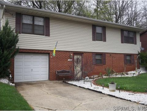 1263 N Keebler Ave, Collinsville, IL 62234