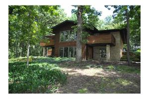 7970 Maurer Rd, Cross Plains, WI 53528