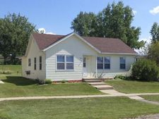 317 6th St, Riverdale, ND 58565