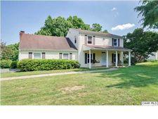 1715 Sourwood Pl, Charlottesville, VA 22911