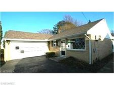 7756 Fern Dr, Mentor On The Lake, OH 44060
