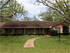 523 Bolling Green Dr, Wharton, TX 77488