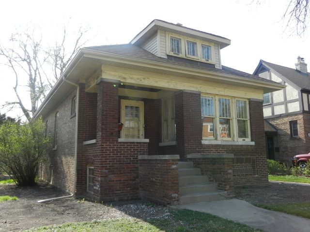 10636 S Bell Ave, Chicago, IL 60643
