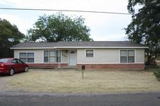 864 Lost Gold Rd, Waco, TX 76708