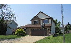 4730 Sunflower Ln, Hoffman Estates, IL 60192