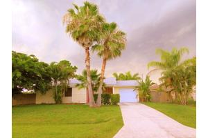 1256 SW Byron St, Port Saint Lucie, FL 34983