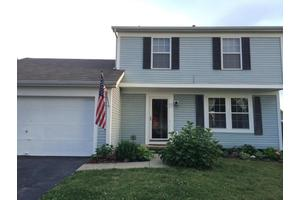 6383 Chelsea Glen Dr, Canal Winchester, OH 43110