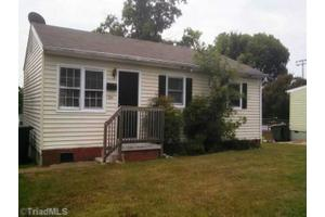 1504 19th St, Greensboro, NC 27405