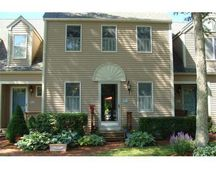 40 Southpoint Dr # F, Sandwich, MA 02563