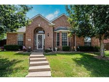 5833 Chatham Ln, The Colony, TX 75056