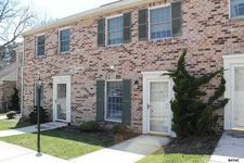 734 E Main St, Dallastown, PA 17313