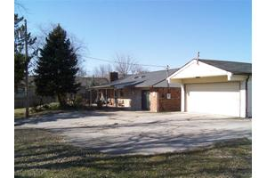 2121 Belvo Rd, Miamisburg, OH 45342