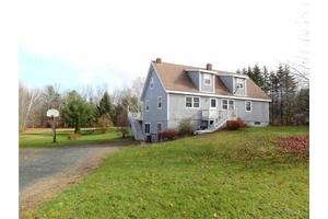 564 Bear Hill Rd, Dover Foxcroft, ME 04426