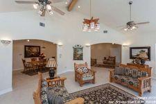 2061 Holland Spgs, Canyon Lake, TX 78133