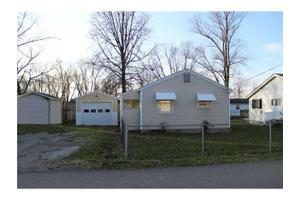133 Elliott Ave, Buckeye Lake, OH 43008