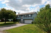 313 Meadowbrook Pkwy E, Horseheads, NY 14845