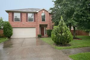 27161 Kings Manor Dr S, Kingwood, TX 77339