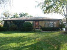 1114 Wakeman Ave, Wheaton, IL 60187