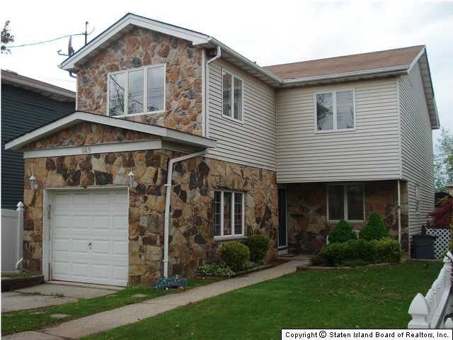149 Lucille Ave Staten Island Ny 10309 Realtor Com 174