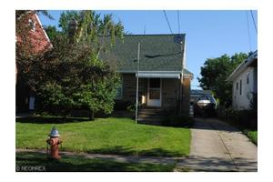 3912 Germaine Ave, Cleveland, OH 44109