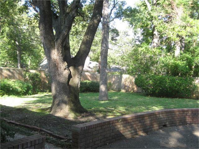 244 Pine Valley St, Huntsville, TX 77320 - realtor.com®