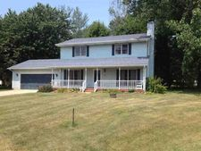 10221 Carriage Ct, Plymouth, IN 46563