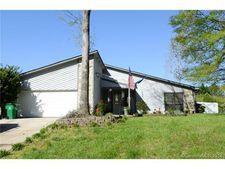 3819 Sweetgrass Ln, Charlotte, NC 28226