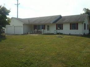295 E Bell St, Macon, IL