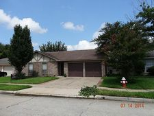 7247 Lost Fable Ln, Houston, TX 77095