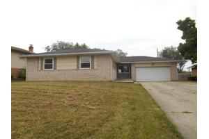35 Old Orchard Ln, Monroe, OH 45050