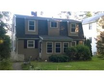 16 Lake Shore Dr, Leicester, MA 01524