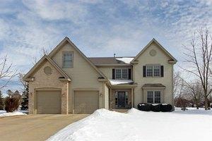 938 Barlina Rd, Crystal Lake, IL 60014