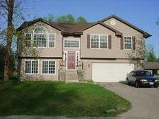 101 Se Queensbury Pl, Poplar Grove, IL 61065