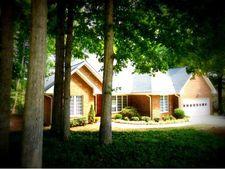 706 Greyrock Rd, Whitsett, NC 27377
