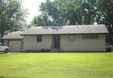 19 N 25th St, Denison, IA 51442