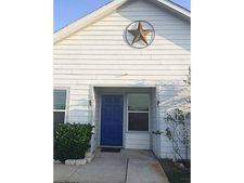 10600 Wild Oak Dr, Fort Worth, TX 76140