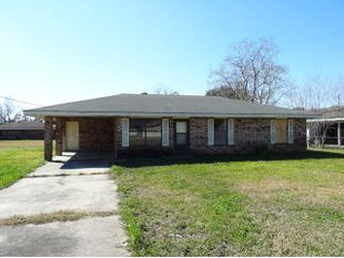 803 Martin Luther King Dr, Jeanerette, LA
