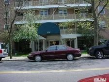833 Central Ave Unit 1O, Far Rockaway, NY 11691