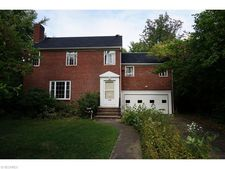 1549 Wood Rd, Cleveland Heights, OH 44121